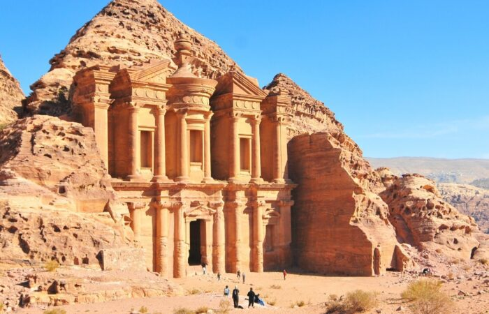 Viaggio organizzato in Giordania alla scoperta di Petra, la città nella pietra