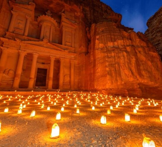 Tour in Giordania alla scoperta di Petra, la magica città nella pietra