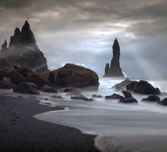 Viaggio di gruppo in Islanda alla scoperta di incredibili spiagge lunari