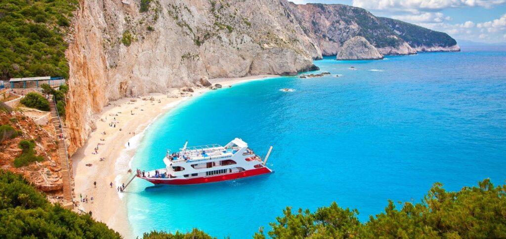 Viaggio di gruppo in Grecia - Spiaggia di Egrmni