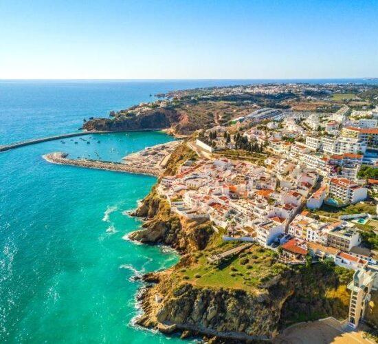 Viaggio di gruppo in Portogallo tra scogliere e scorci meravigliosi